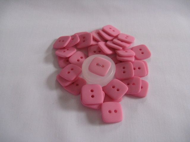 Bubble Gum Pink - square - molded