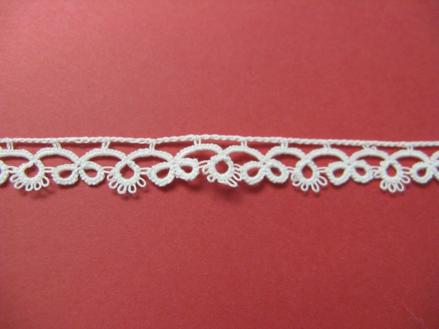 White Tatting Double Loop - 3/8""